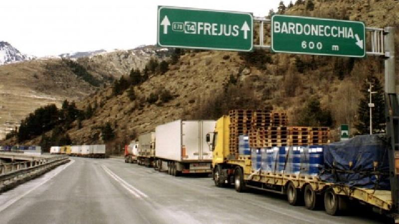 images/galleries/Frejus-camion.jpg