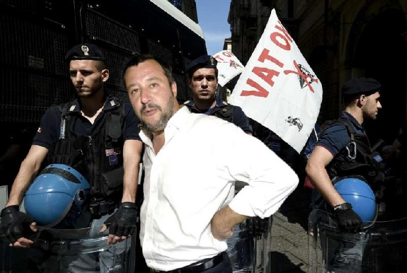 images/galleries/Salvini-No-Tav.jpg