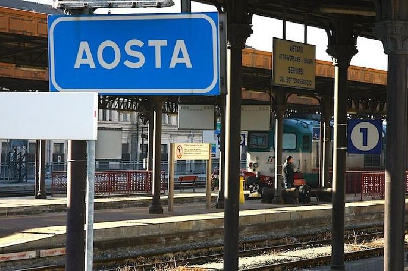 In piemonte 33mila scendono dal treno lospiffero com - Orari treni milano torino porta nuova ...
