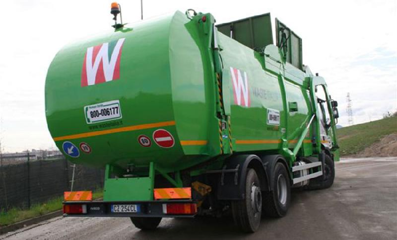 images/galleries/Waste-Italia-camion.jpg