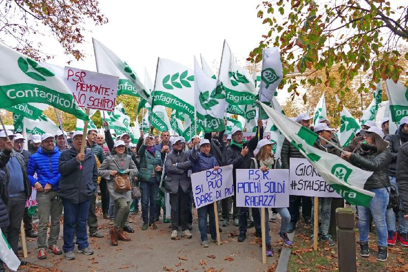 images/galleries/agricoltura-psr-protesta.jpg