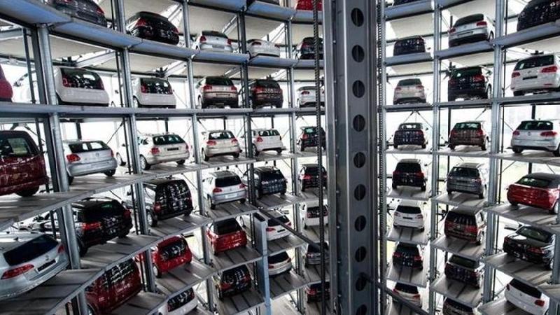 Auto: mercato stabile a luglio a -0,1%, ma Fca perde il 19,37%