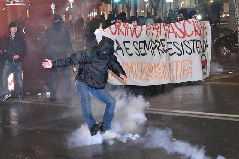 Scontri Torino, provvedimenti per sette persone