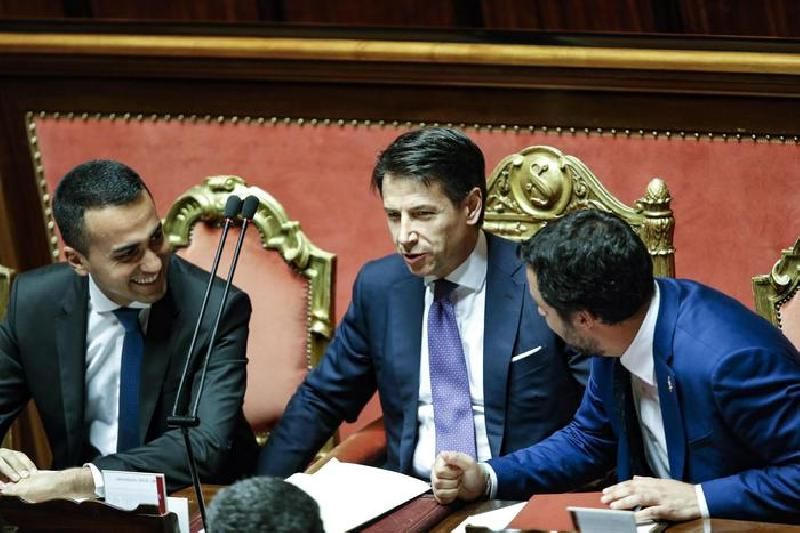 images/galleries/di-maio-conte-salvini-giuramento-001.jpg