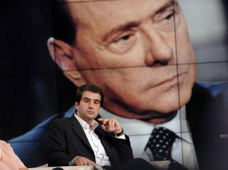 images/galleries/fitto_berlusconi_monitor.jpg
