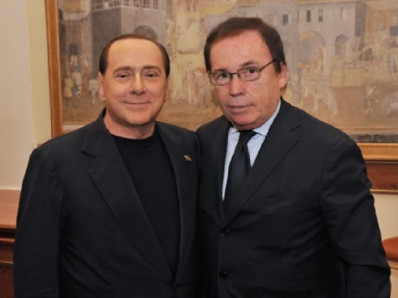 images/galleries/giachino_berlusconi_04.jpg