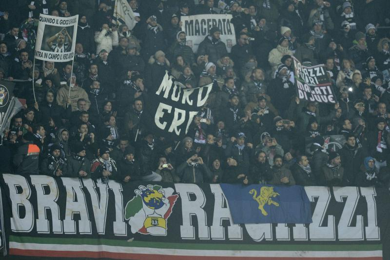 images/galleries/juve-curva-bravi-ragazzi.jpg