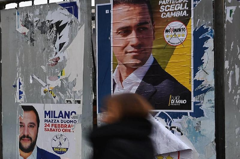 images/galleries/lega-m5s-manifesti-776554.jpg