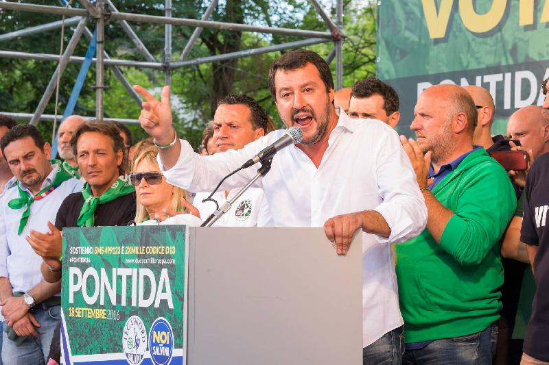 images/galleries/lega-pontida-salvini-canelli.jpg