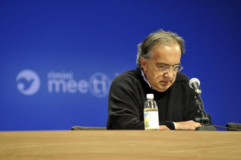Marchionne stenta a guarire, Louis Camilleri lo sostituisce in Ferrari