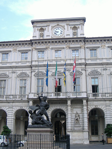 images/galleries/municipio-torino.jpg