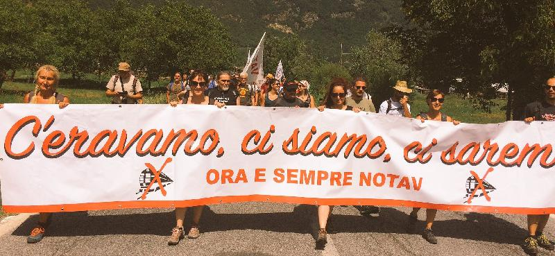 images/galleries/no-tav-striscione-luglio-2017.jpg