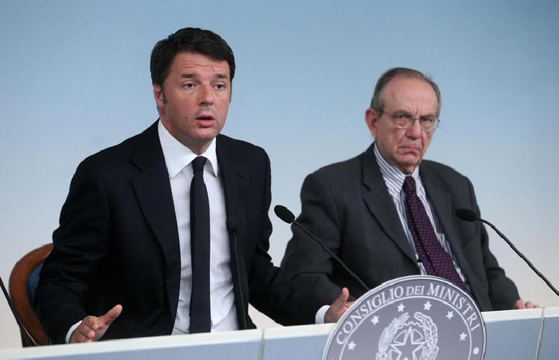 images/galleries/renzi-padoan-stabilita.jpg