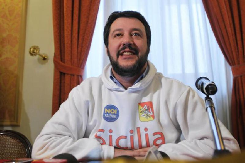 images/galleries/salvini-sicilia-02.jpg