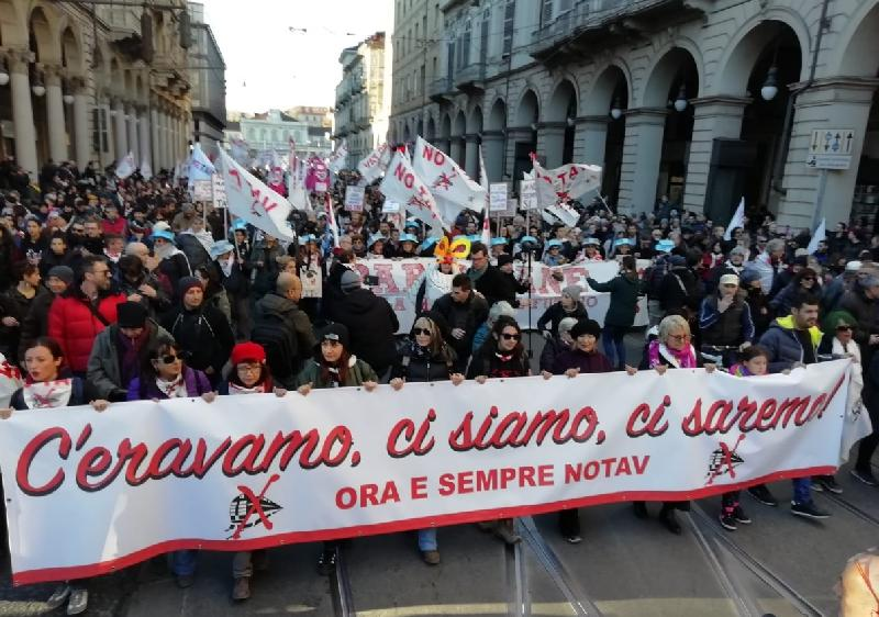 images/galleries/tav-no-manifestazione-8-12-18-04.jpg